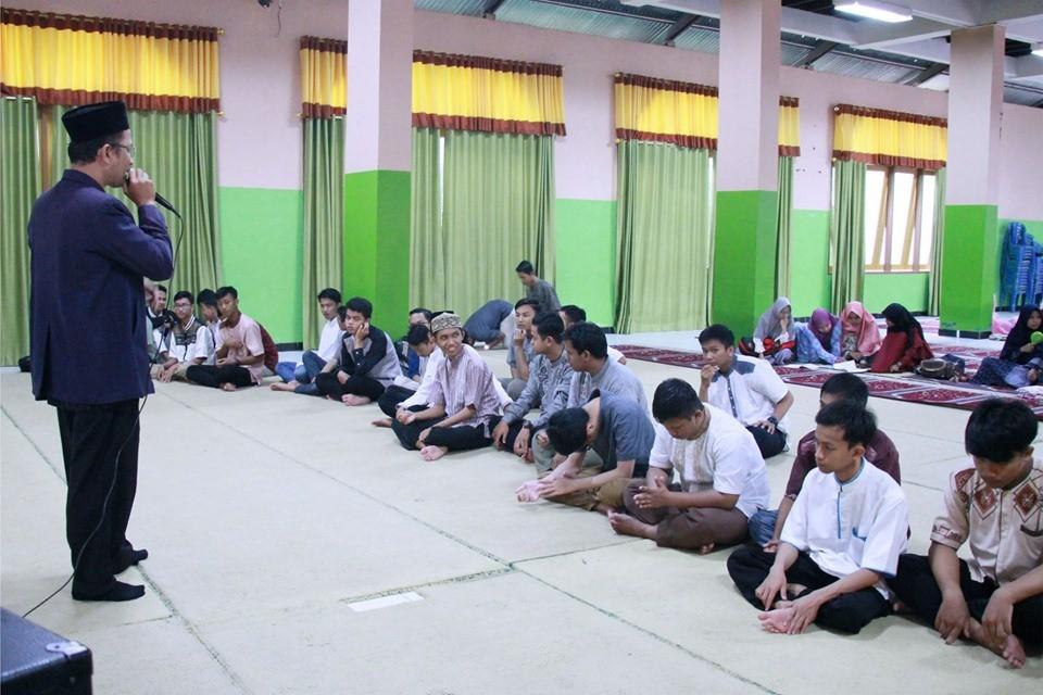 Bentuk Generasi Qurrata Ayun melalui Pesantren Ramadhan 1440 H