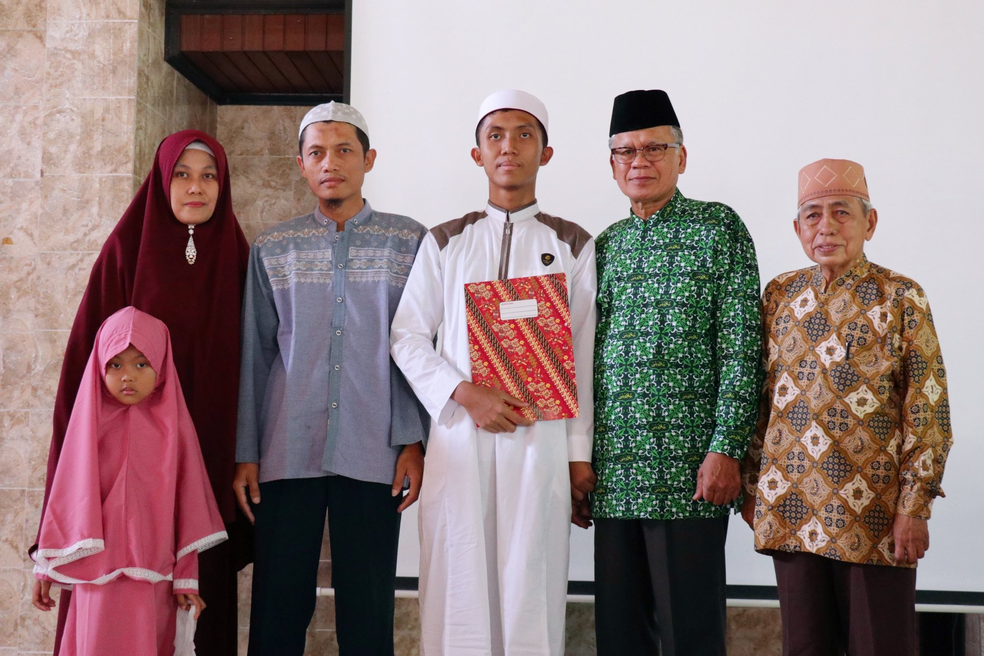 Catat Sejarah Pertama, Rumah Tahfiz Nurul Ilmi Sukses Menelurkan Penghapal Quran 30 Juz