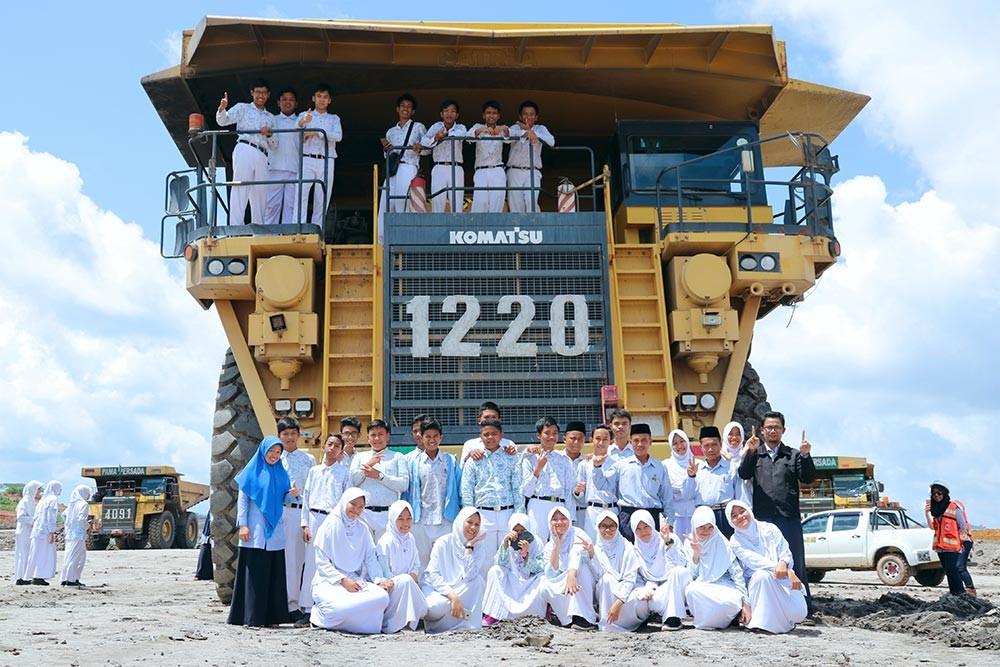 Kenalkan Dunia Pertambangan, SMP IT Yabis Study Tour ke PT. Indominco